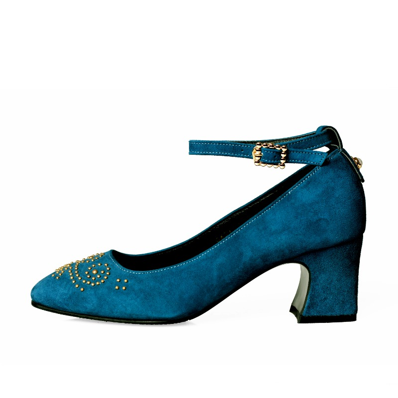 Second Romance Heel, Bluemoon