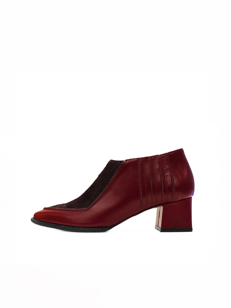 Dolce bootie, Wine